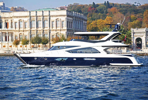 Yacht rent tour Bosphorus
