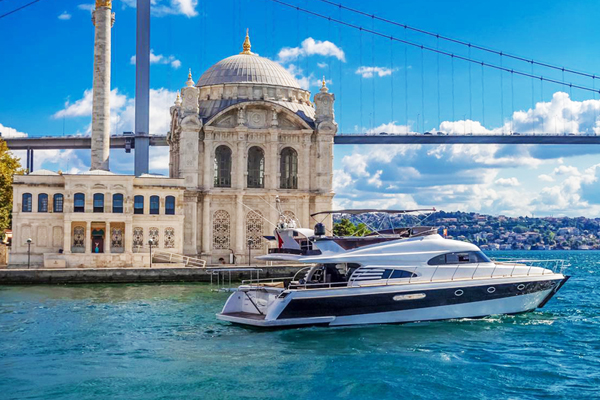 Yacht in Istanbul Vip-K5