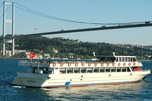 Bosphorus tour by public ferryboat